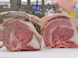 ドライエイジングした牛肉と通常の牛肉の違い